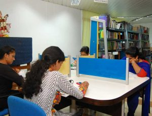 KGNC college library